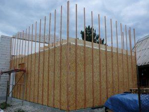Laťování modulů venkovních - ztužení stavby