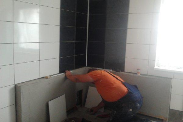 Výstavba RD Chomutov-výstavba domu na klíč -ÚED-Úsporně energetický dům-výplň modulů vatou | dokončovací práce obklady a dlažby v koupelně v patře - dokončovací práce obklady a dlažby v koupelně v patře