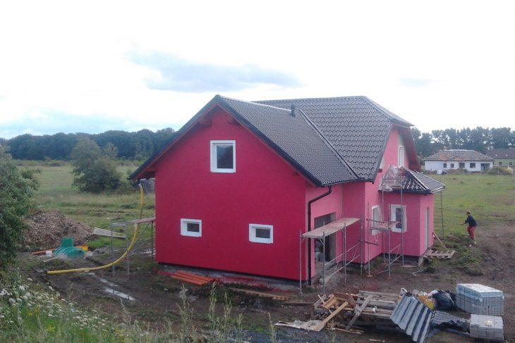 Postavený dům - Výstavba RD Chomutov-výstavba domu na klíč -ÚED-Úsporně energetický dům-výplň modulů vatou