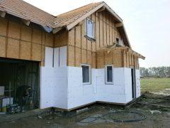 Zateplení domu mezi latě 3cm a poté na latě 5cm polystyrenu