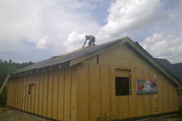 Výstavba RD Citice-výstavba domu na klíč !! Detailní fotogalerie stavby  !! | Montáž celozáklopu střechy - osb desek a folie - Montáž celozáklopu střechy – osb desek a folie