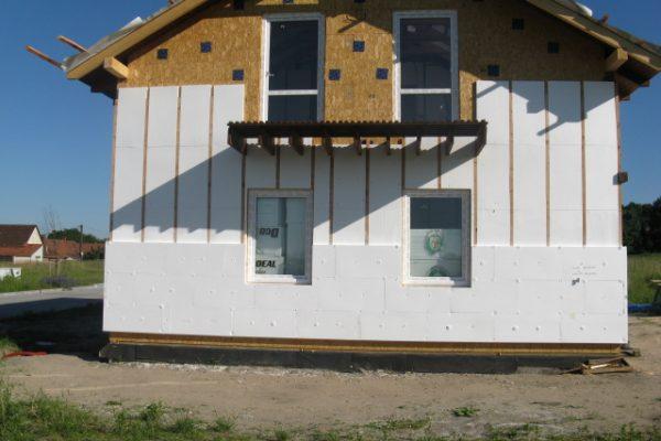 Výstavba RD Kly-výstavba domu na klíč | Zateplení venkovního pláště. - Zateplení venkovního pláště.