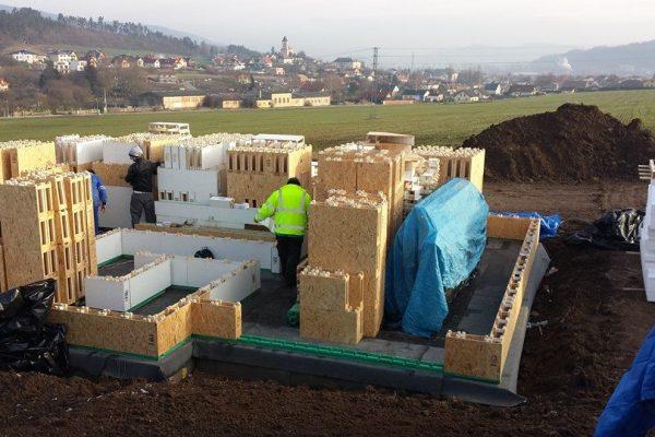 Výstavba RD Trubín-dřevostavba domu svépomocí- Čistá stavba – !! Stavba patra bez Koordinátora !! | 25 - 25