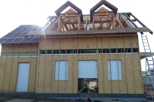 Výstavba RD Trubín-dřevostavba domu svépomocí- Čistá stavba – !! Stavba patra bez Koordinátora !! | palubkový podhled namontován - palubkový podhled namontován