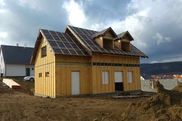 Výstavba RD Trubín-dřevostavba domu svépomocí- Čistá stavba – !! Stavba patra bez Koordinátora !! | Zakrytí otvorů před nezvanou návštěvou :-(. - Zakrytí otvorů před nezvanou návštěvou :-(.
