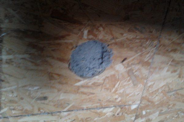Výstavba RD Velim-výstavba domu na klíč | Detail tuhosti nafoukaného climatizeru-teď to svou tuhostí a pevností připomíná beton - Detail tuhosti nafoukaného climatizeru-teď to svou tuhostí a pevností připomíná beton