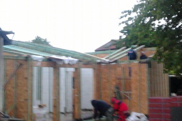 Výstavba RD Velim-výstavba domu na klíč | Montáž krovu - Montáž krovu