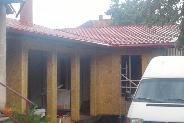 Výstavba RD Velim-výstavba domu na klíč | Montáž střešní krytiny-opět Evrovlna s prolisem tašek - Montáž střešní krytiny-opět Evrovlna s prolisem tašek