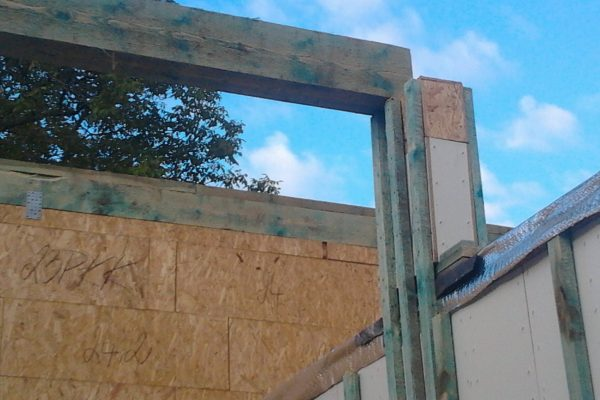 Výstavba RD Velim-výstavba domu na klíč | Středová vaznice krovu - Středová vaznice krovu